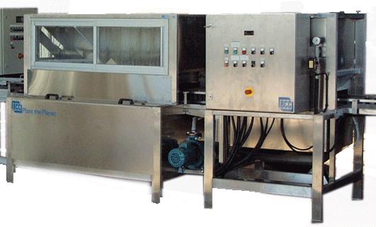 Tray Washer (Установка для миття та дезінфекції касет для вирощування сіянців)